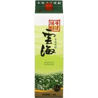 25度 1800ミリ  日本初のそば焼酎。  香ばしい風味を持ちます。  【雲海 そば焼酎】 O04