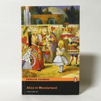 (中古)Alice in Wonderland(Penguin Readers Level2)(洋書:英語版)