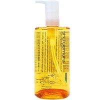 肌あれを防ぐ甘草由来成分*、植物オイル*2、アミノ酸*3を配合。乾燥やニキビの気になる肌をしなやかで...