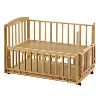 両面スライド開閉できるので、赤ちゃんをベビーベッドに寝かせてあげる時や、抱き上げる時にもとっても便利...