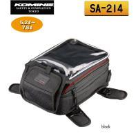 ナビゲーション使用に便利なナビポケット付きの手頃なサイズのタンクバッグ。 強度に優れる1680デニー...