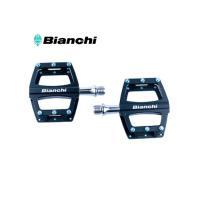 ビアンキ(BIANCHI)  ■ アルミボディの軽量フラットペダル。 ■ スペアのシルバーピンが付属...