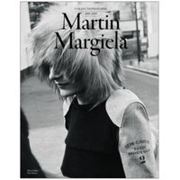 アントワープシックスの一人、マルタン・マルジェラ。 本人の写真が90年代後半に撮影された以降は出てお...