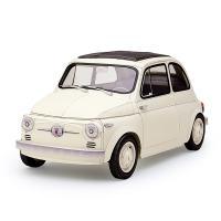 1957年に発売、以後1977年まで20年間の長期に渡り生産された4人乗りの小型自動車「FIAT50...