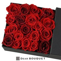 ボックス全面にプリザーブドフラワーのバラを敷き詰めたフラワーボックスです  【商品情報】 ・サイズ:...