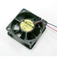 定格電圧:12VDC ベアリング:ボールベアリング 回転数:3500rpm 最大風量:0.51m3/...