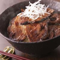 ●帯広名物豚丼は地元で古くから愛されてきた丼。