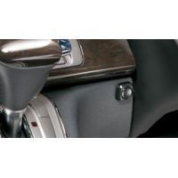 手元で映像データを、任意で保存したい時に 使用する手動スイッチ。※交通安全上、運転中の操作はご遠慮く...