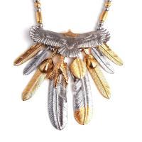 人気ブランドSBG(エスビージー)特大頭金イーグル8枚フェザービーズ革紐ネックレス。大きく羽を広げた...
