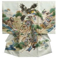 【送料無料】清潔感ある白色の男の子のお宮参り御着物です。 メインの鷹の頭部分は金糸刺繍仕立てで見た目...
