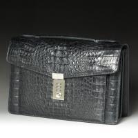 商品コード:41021色:黒サイズ(約):縦17cm(持ち手を除いたサイズ)×横26.5cm×厚み8...