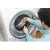 キレイに見える洗濯機でも、洗濯槽の裏側には黒カビや洗剤の溶け残り、細菌など様々な汚れが付着しています...
