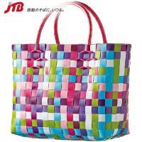 東南アジアのお土産 カラフルなポリプロピレンの梱包用テープで丁寧に編み上げたおしゃれなカゴバッグ。軽...