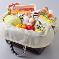 チェック柄のカワイイお買い物バッグ。  たくさん買い物するときに便利でレジかごにもぴったり収まります...