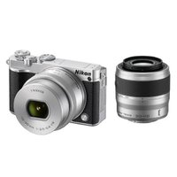 美しいぼけあじを楽しむf/1.8単焦点 新レンズキットをはじめ、Nikon 1初の自分撮り可能なチル...