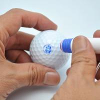 ゴルフボールに自分だけの名前がスタンプできるはんこ。 ギフトセットに入っているハガキを送ると、ご希望...