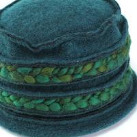 帽子 秋冬 レディース 独特なシルエット ROBERTidea メルトン素材 毛糸 ハット 女性 グリーン系