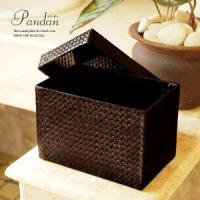 アジアン雑貨・バリ雑貨!こちらの収納ボックスはレザー(革)のようにも見えますが、じつはこれパンダンと...