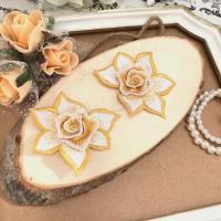 3D バラ 刺繍 モチーフ 立体的 ハンドメイド 衣装 薔薇 装飾 イエロー ホワイト
