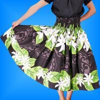 ハワイアンファブリックを高品質な自社工場で縫製。 ホヌプリントの73cm丈はレッスンに最適で大変お求...