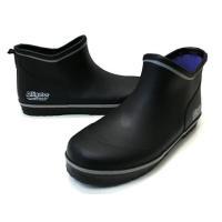 ふくらはぎに当たらない靴感覚で履けるブーツです。 軽く、脱ぎ履きしやすい長靴です。 軽量配合ゴム使用...