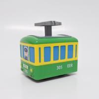 子供が喜ぶ、動く電車のおもちゃです。パンタグラフを手で押すえのでんが走ります。  電池不使用 対象年...