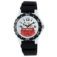 人気キャラクター、スヌーピーの腕時計  耐久性のあるウレタンバンドと10気圧防水のダイバーズ仕様。お...
