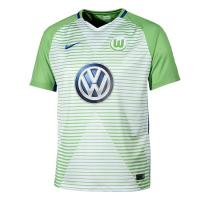 VfLヴォルフスブルクのオフィシャルユニフォーム。クラブロゴとメーカーロゴ入り。汗を吸収し速乾性に優...