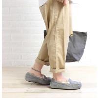 UGGの人気定番 Ansley(アンスレー)は、ファッション性と快適な履き心地とを追求した モダンな...