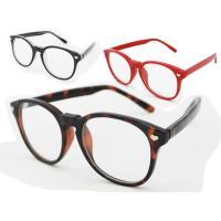 伊達メガネ/メンズ/レディース フレームとテンプルがオールプラスチックで、レンズはカラーの入っていな...