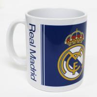 レアル・マドリードのオフィシャルマグカップ。  カラー&モノクロでエンブレムとロゴをデザインした定番...
