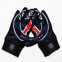 掌にクラブのグラフィックが入った人気グローブ。 スタジアムグローブ 16-17 パリ・サンジェルマン...