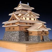 松江城(まつえじょう)は、島根県松江市殿町にあった城。 別名・千鳥城。天守が現存し、 松江城は、現在...