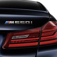 BMW純正G30 5シリーズ M550iに装着の純正リアトランクエンブレムです。 最上級モデルに相応...