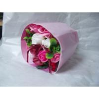 本物のバラにそっくりな石鹸でできたソープブーケです。  ほのかに香る石鹸でできた色とりどりのバラのソ...