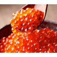 北海道産の新鮮な鮭から採れた卵を、使用しております。 一粒一粒に張りがあり、噛むと中からとろりとした...
