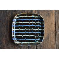 島根県松江市で作陶される袖師窯尾野友彦さんのスリップ角大皿です。  袖師窯は明治の始めから130年の...
