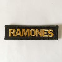 RAMONES 刺繍ワッペン  横:8センチ /  縦:4センチ   ポリエステル糸