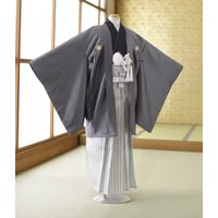 【商品番号:mjk10115】【商品名:濃グレー 袴白銀】  ■こちらのお衣裳は2着ございます。  ...