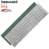 「THERMAREST(サーマレスト) リッジレスト ソーライト S」は、表面にアルミ蒸着加工を施す...