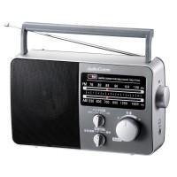 乾電池とAC電源の2WAYで使えるポータブルラジオ。