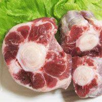 直営牧草地の安全な牧草や自家配合の発酵飼料で育ったホルモン剤不使用の安全で美味しい健康牛肉。 野菜と...