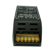 電圧:DC12V/24V 自己消費 10mA 定格充電電流:20A 定格負荷電流:20A 過充電 ・...