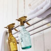 ■商品説明 アンティーク風のおしゃれなスプレーボトルです。 一見ガラス瓶のように見えますが、実は割れ...