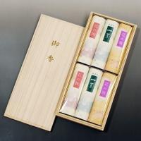 一葉・梅・桜の三種類の香りをお楽しみいただけます。 6箱入り ○●○喪中ハガキが届いたら、ご進物用の...