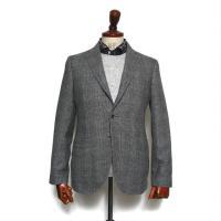 ・ウールの紡毛糸で温かみのある素材感 ・シルク混で艶のある仕上がり ・定番のグレンチェックで綺麗目な...