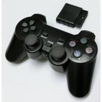 PS1/PS2用のワイヤレスコントローラーです。振動機能も搭載されております。PS2本体のコントロー...