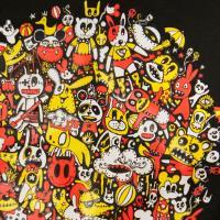 オモシロTシャツ・パーティードール【半袖】・イラストTシャツ・プリントTシャツ・カジュアルTシャツ・グラフィックTシャツ・ギャグTシャツ