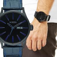 NIXONの中でも特に人気のクラシックモデル「THE SENTRY」のレザーバンドモデル。シンプルか...