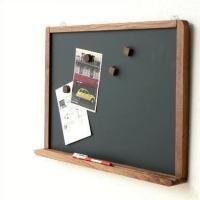 人気の、マグネットが使える黒板が ちょっぴり大きなサイズになりました メモを残したり、メッセージを書...